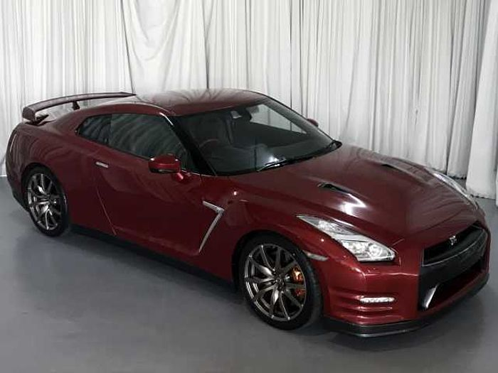 Nissan GT-R Black Edition Coupe AWD MY15 AT Red